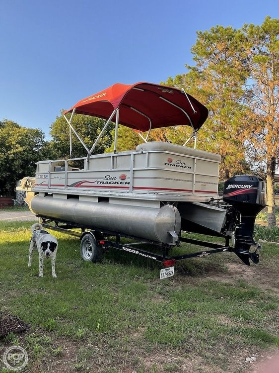 Used Sun Tracker Party Barge 20 Signature Series Pontoon Boat For Sale