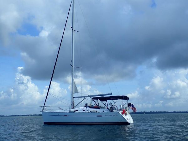 Used Beneteau 343 Daysailer Sailboat For Sale