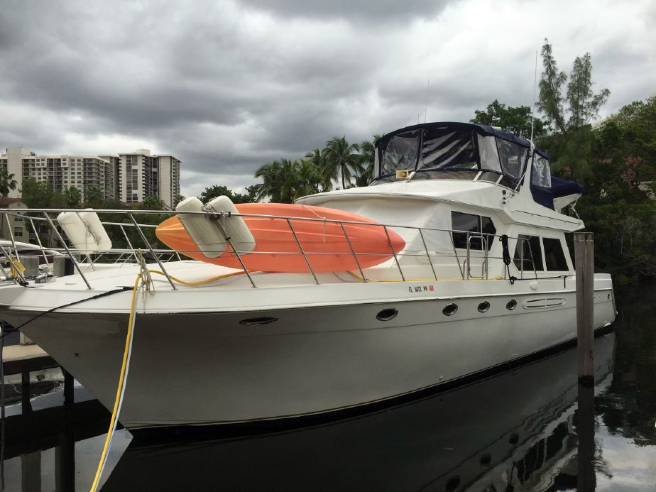 1999 used navigator 5300 pilothouse motor yacht trawler for Used motor yachts for sale in florida
