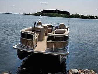 Used Berkshire B224RS Pontoon Boat For Sale