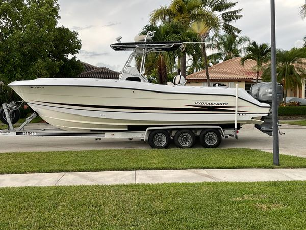 Used Hydra-Sports 2796 CC Vector Saltwater Fishing Boat For Sale