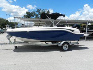New Bayliner DX 2000 Deck Boat For Sale