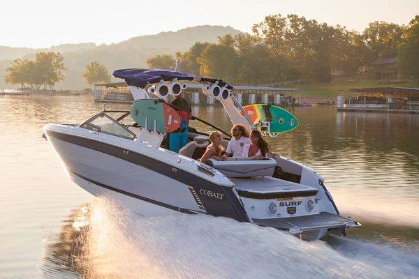 New Cobalt R8 Surf Bowrider Boat For Sale