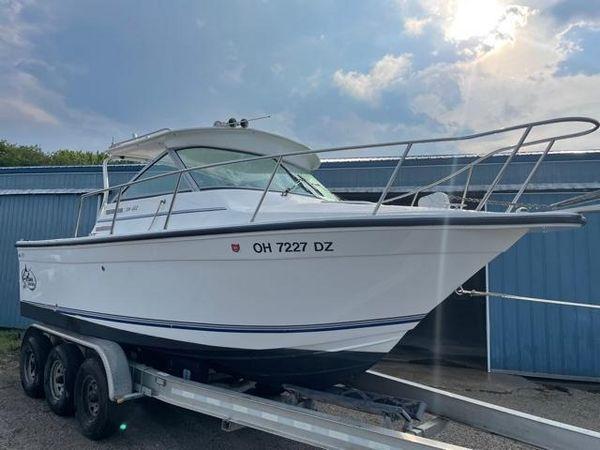 Used Baha Cruisers 231 Gle Freshwater Fishing Boat For Sale