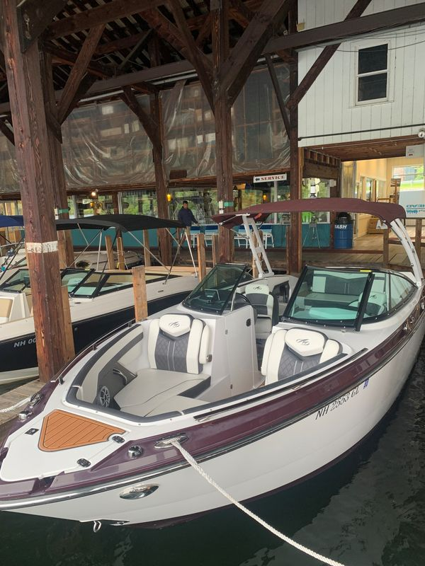 Used Monterey 278SS Express Cruiser Boat For Sale
