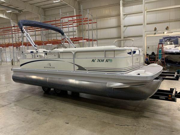 Used Bennington 205L Pontoon Boat For Sale