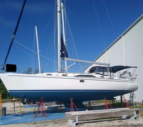 Used Catalina 445 Sloop Sailboat For Sale