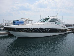 Used Cruisers Yachts 520 Sports Coupe Motor Yacht For Sale