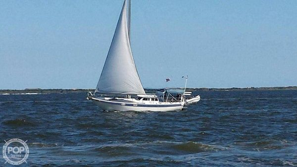 Used William Garden 32 Gulf Pilot House Sloop Sailboat For Sale