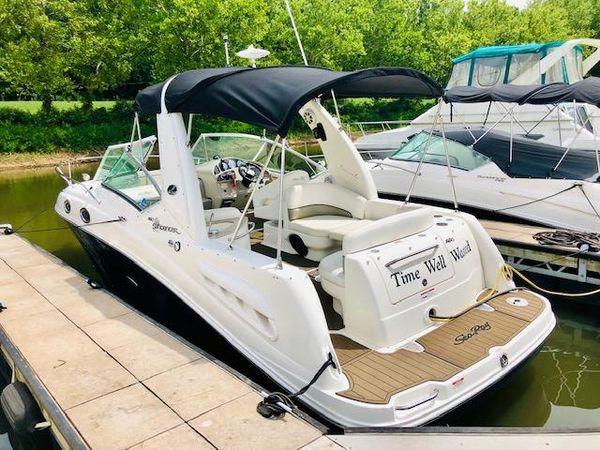 Used Sea Ray 260 Sundancer Power Cruiser Boat For Sale
