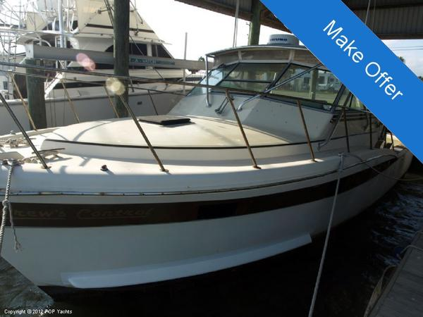 Used Chris-Craft 36 Commander Express Cruiser Boat For Sale