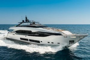 Used Maiora 36 Motor Yacht For Sale