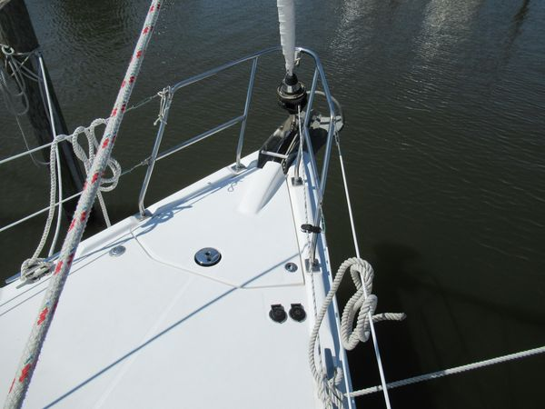 Used Hunter 38 Sloop Sailboat For Sale