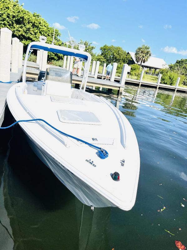 Used Concept 30 Saltwater Fishing Boat For Sale