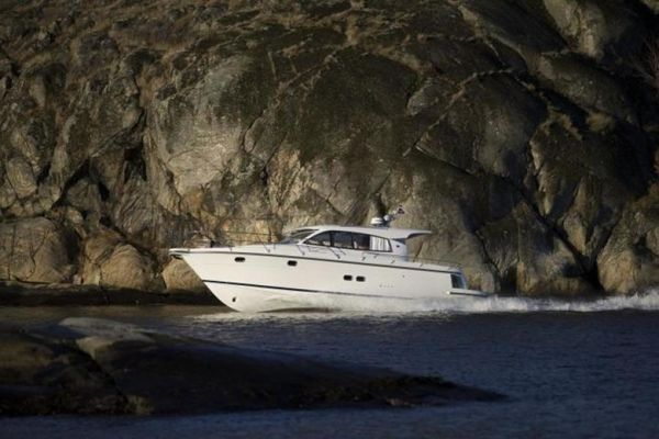 New Nimbus 405 Coupé Express Cruiser Boat For Sale