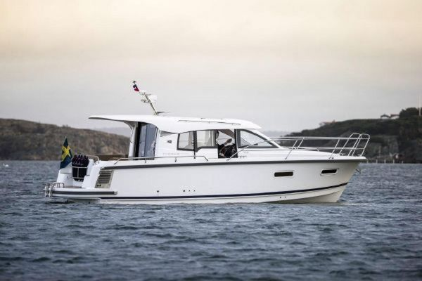 New Nimbus 305 Coupe Cruiser Boat For Sale