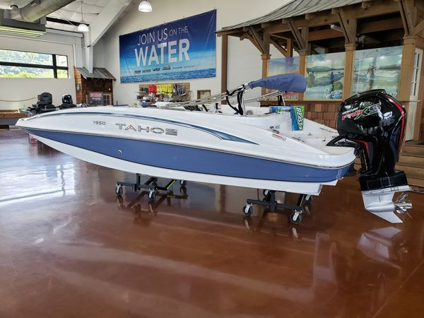 New Tahoe 1950 Deck Boat For Sale