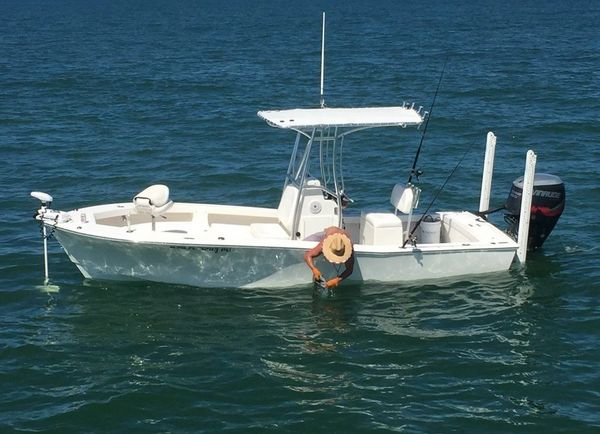 Used Layton Bay 22 Center Console Fishing Boat For Sale