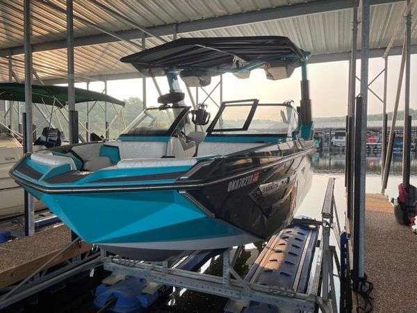 Used Nautique Super Air Nautique G23 Paragon Ski and Wakeboard Boat For Sale