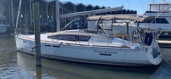 Used Jeanneau 44 Deck Salon Cruiser Sailboat For Sale