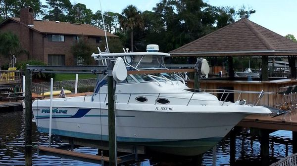 Used Pro Line 251 Walkaround Center Console Fishing Boat For Sale