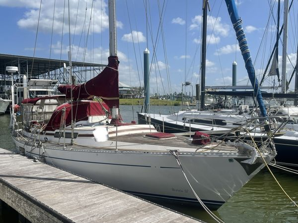 Used Bostrom 37 Cruiser Sailboat For Sale