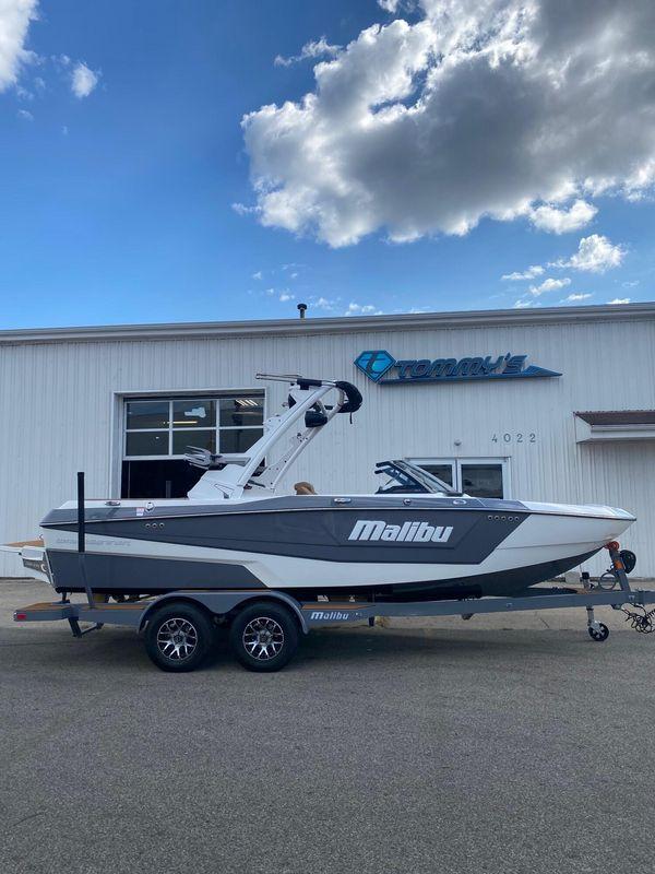 New Malibu 21 LX Ski and Wakeboard Boat For Sale