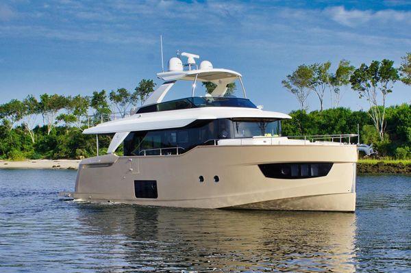 Used Absolute Navetta Flybridge Boat For Sale
