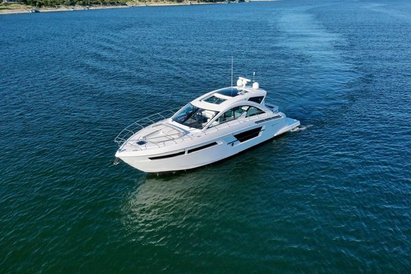 Used Cruisers Yachts 54 Cantius Motor Yacht For Sale