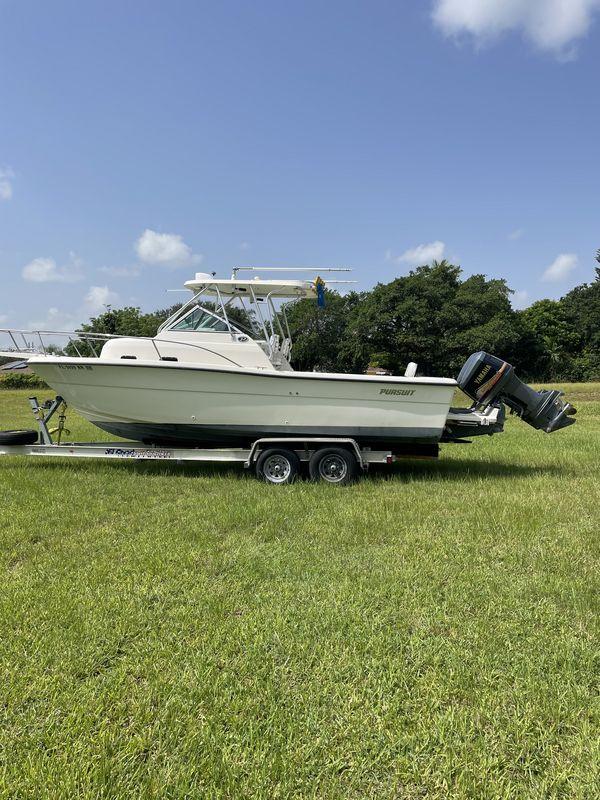 Used Pursuit 2555WA Walkaround Fishing Boat For Sale