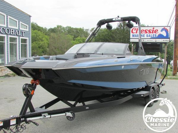 New Axis Core Series A24 Ski and Wakeboard Boat For Sale