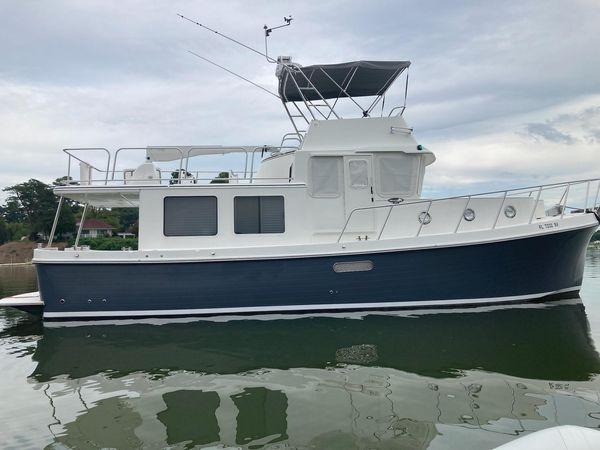 Used American Tug 395 Flybridge Tug Boat For Sale