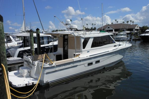 Used Cutwater 30 S LE Sports Cruiser Boat For Sale