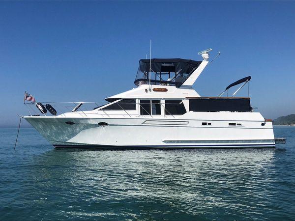 Used Ocean Alexander 420 CPMY Flybridge Boat For Sale