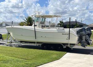 Used World Cat 320 CC Catamaran Boat For Sale