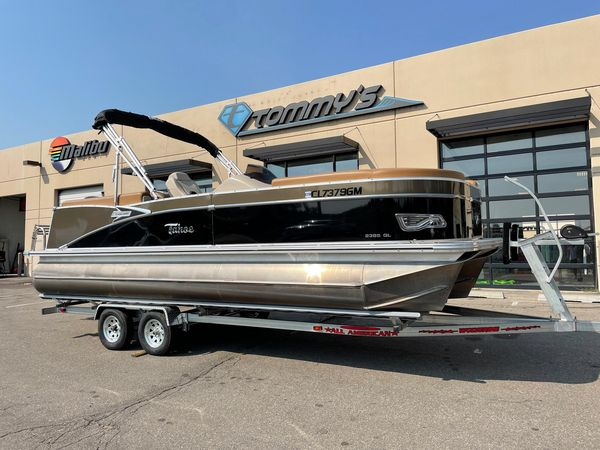 Used Tahoe 2385 Cascade Quad Lounger w/Suzuki 140hp Motor Pontoon Boat For Sale