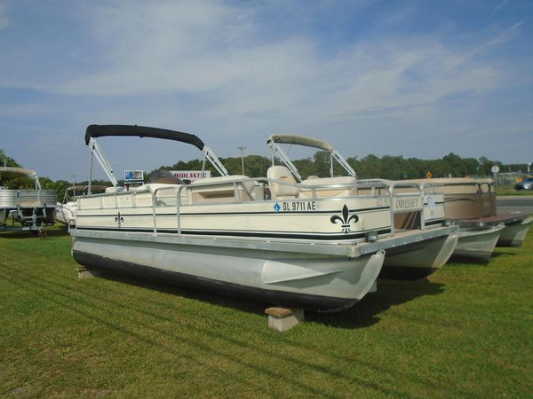 Used Odyssey 322 FC Pontoon Boat For Sale