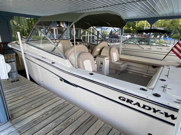 Used Grady White Freedom 307 Center Console Fishing Boat For Sale
