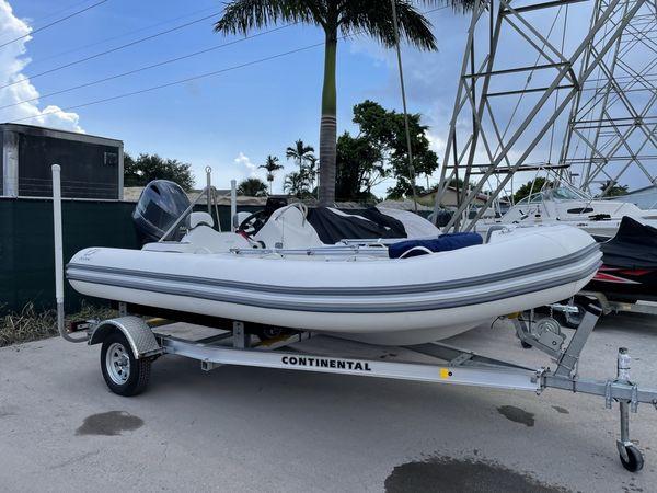 Used Zodiac Yachtline 490 DLX Tender Boat For Sale