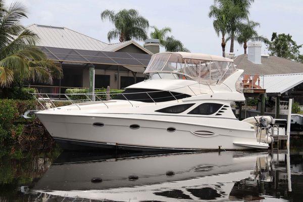 Used Silverton Sport Bridge 380 Cruiser Boat For Sale