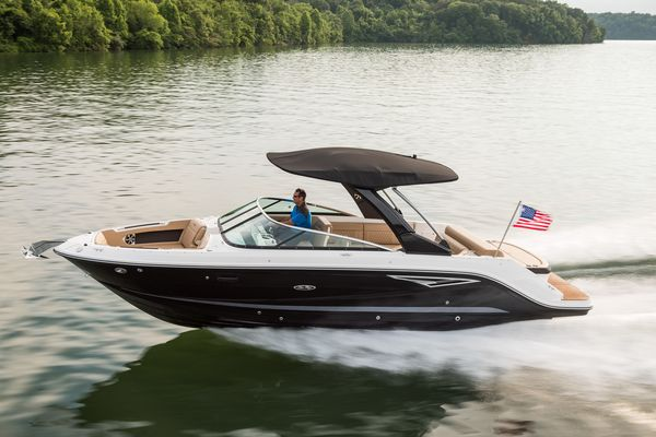 New Sea Ray 280SLX Express Cruiser Boat For Sale