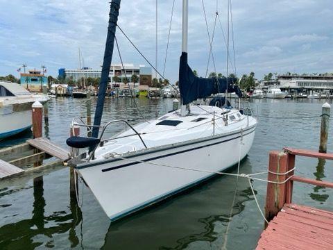 Used Hunter Legend Daysailer Sailboat For Sale