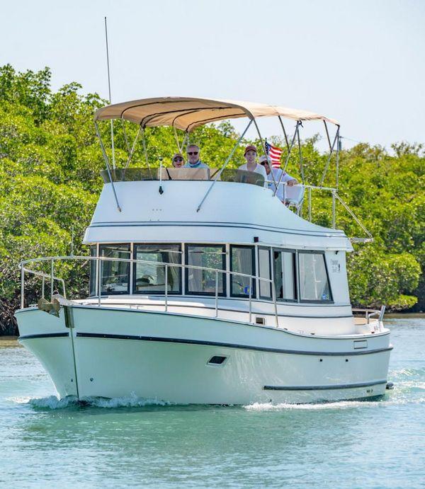 Used Camano 31 Troll Motor Yacht For Sale