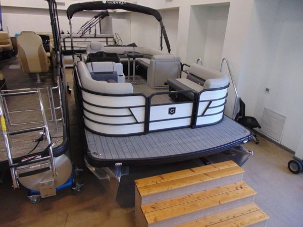 New Godfrey Sweetwater 1886 Cruise Pontoon Boat For Sale