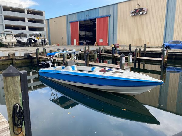 Used Chris Craft Scorpion Cuddy Cabin Boat For Sale