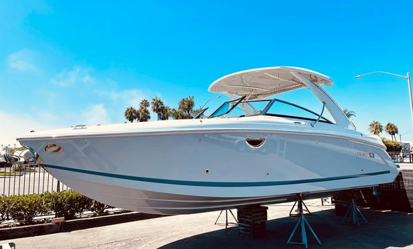 New Cobalt 30SC Runabout Boat For Sale