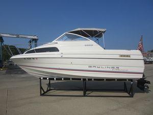 Used Bayliner 2252 Ciera Express Cuddy Cabin Boat For Sale