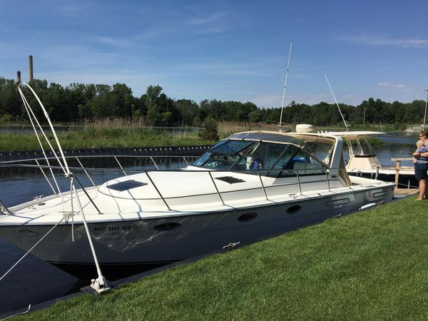 Used Tiara Yachts 3100 Open Express Cruiser Boat For Sale