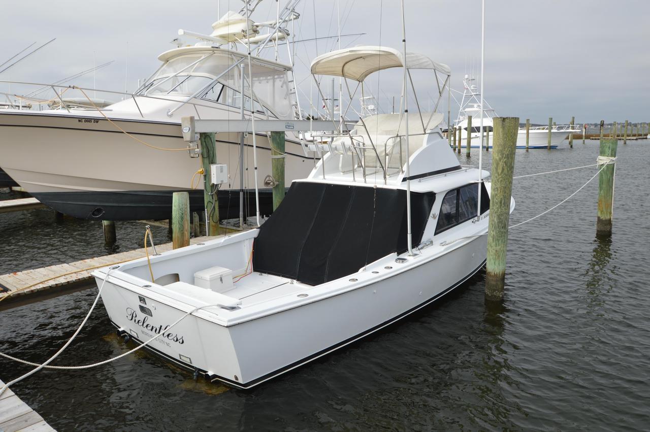1965 used bertram sports fishing boat sports fishing boat for Sport fishing boats for sale