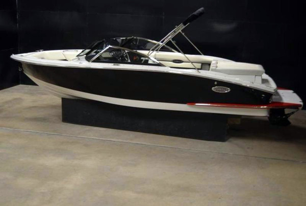 New Cobalt Boats CS3 Bowrider Boat For Sale